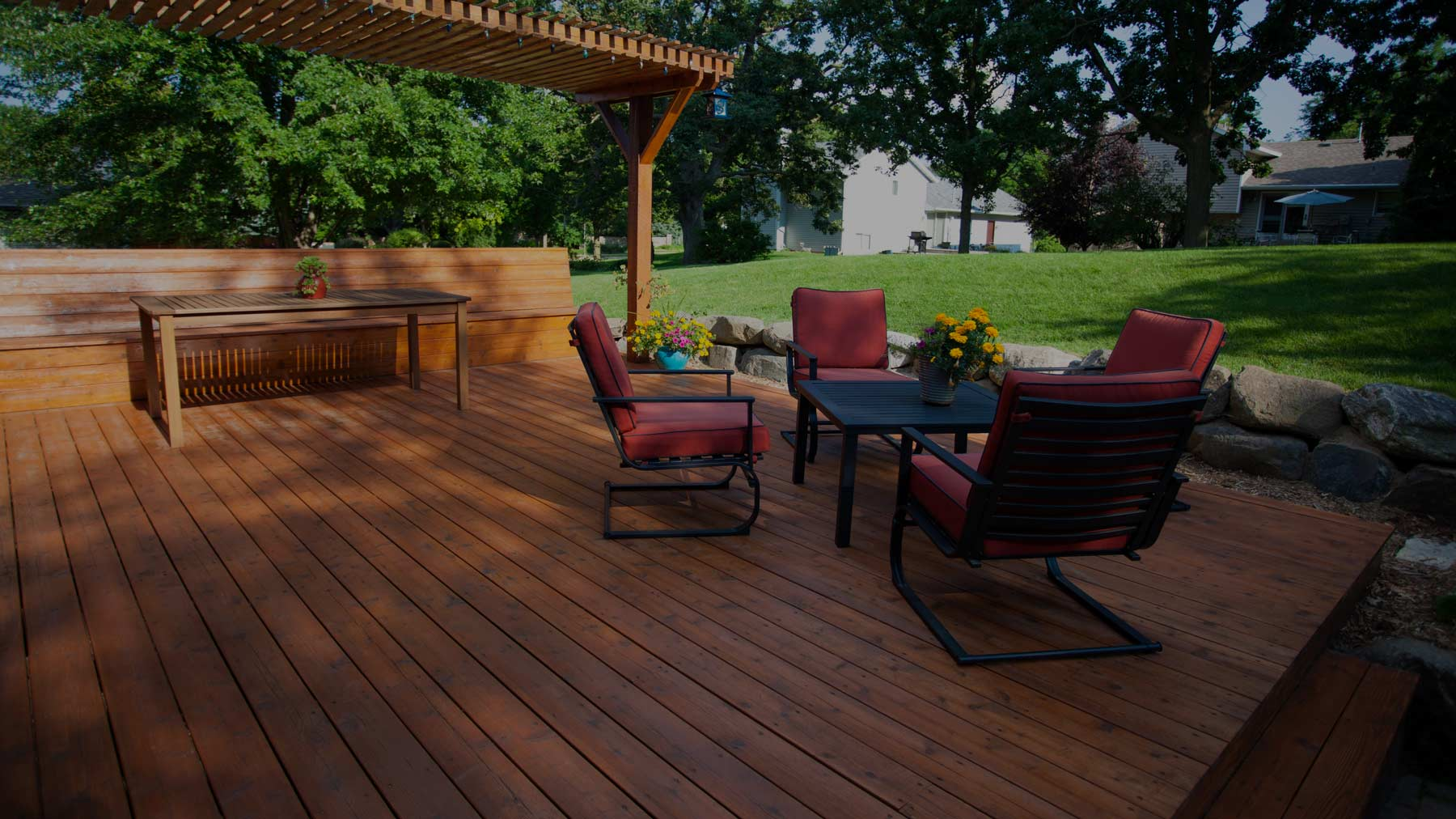 5 Tips for Designing an All-Season Deck